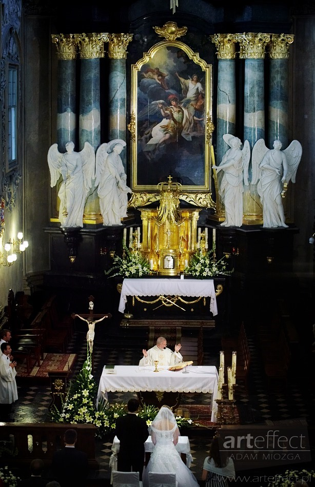 fotografia ślubna Kraków kościół na skałce Wesele U Ziyada zdjęcia ślubne