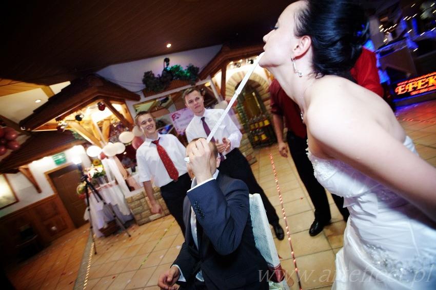zdjęcia ślubne Kedzierzyn Koźle kosciół Eugeniusza de Mazenod wesele restauracja Papa Joe